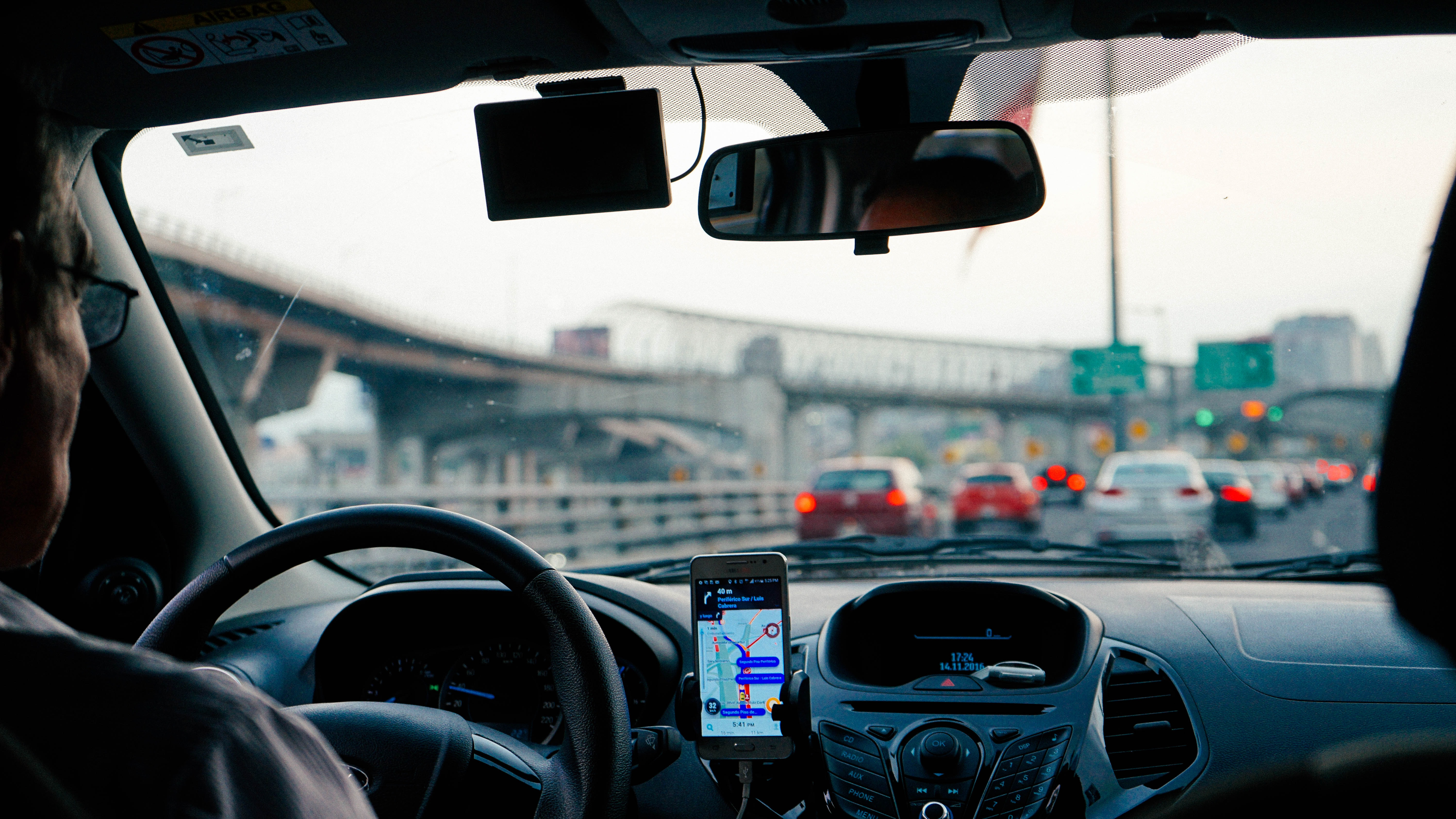 rideshare apps among diverse audiences